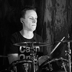 François, batteur du groupe Alyx